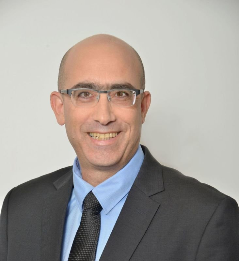 Mr. Avner Lushi