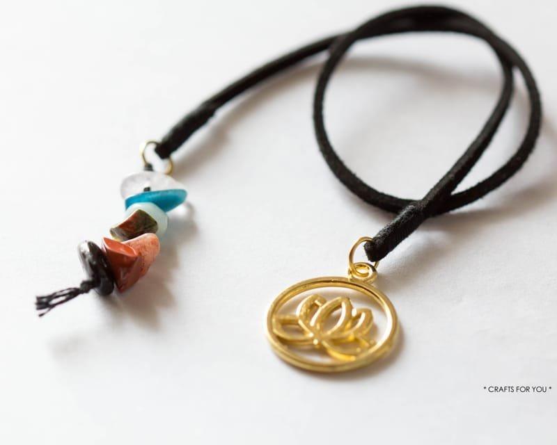 Lotus flower & 7 chakra stones