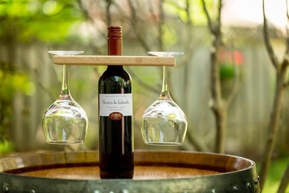 Wine Caddy with Etched Glasses