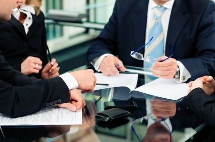 Things to Consider When Hiring a Personal Injury Lawyer