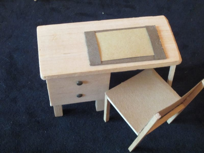 Balsa wood replica of my desk