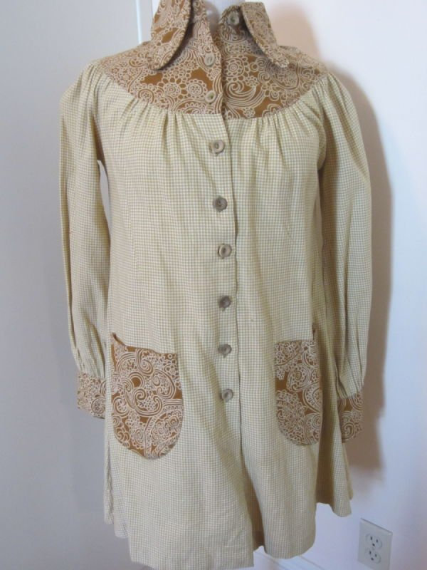 Beth Brett (for Bluestocking), light brown checked smock (1970s)