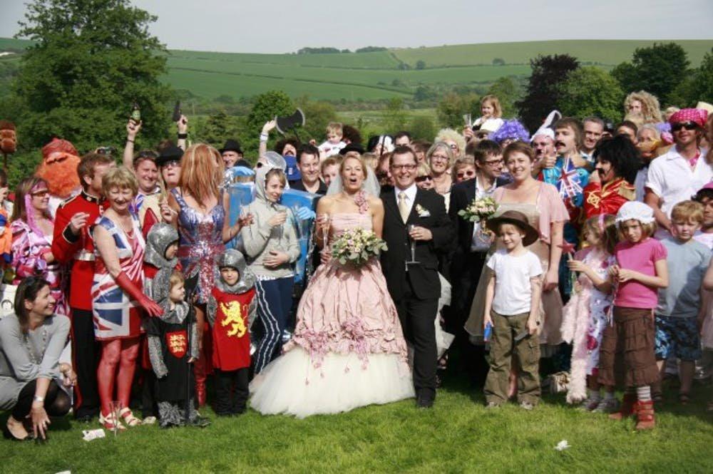 Everybody is Happy: Wedding Photography