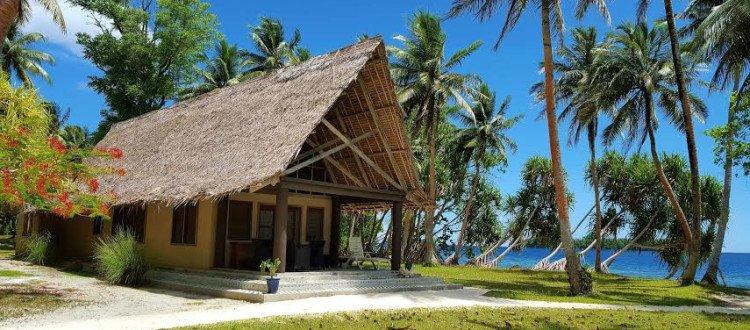 Tavanipopu es un resort ubicado en una isla privada en donde podrás tener una estadía única.