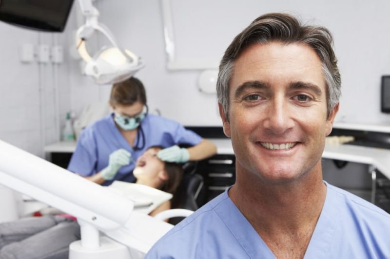 The Benefits of Hiring a Dental Marketing Consultant