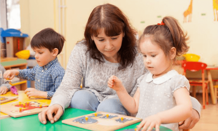 Great Tips On How To Find The Right Childcare Professional