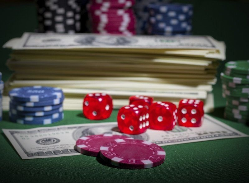 Advantages Of Gambling Online