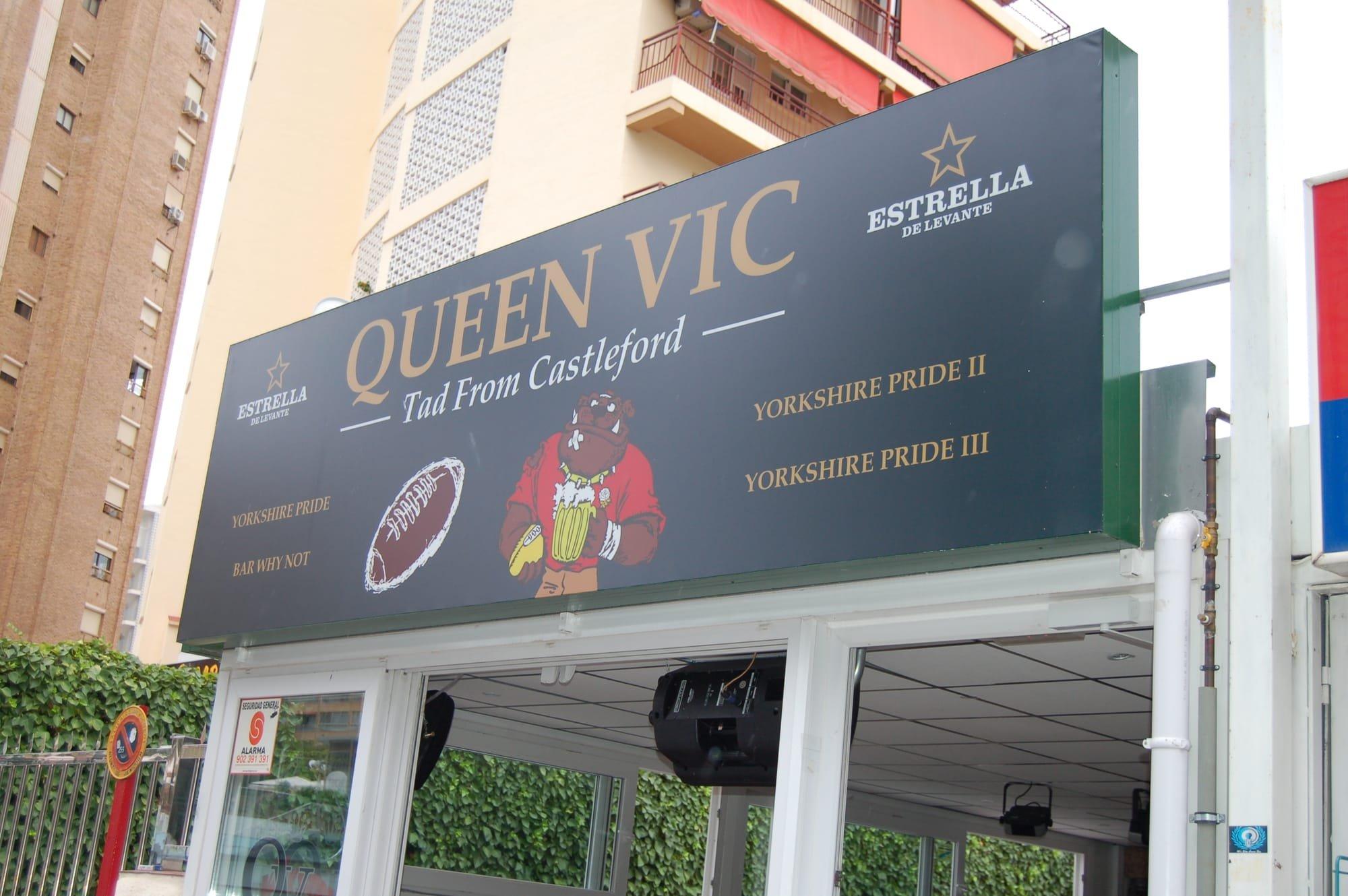 Benidorm Reviews Levante Holidays Spain Costa Blanca Benidorm Wristband Sponsors Pub Bar