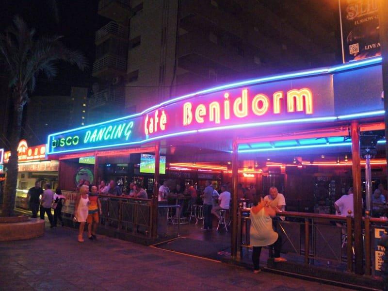 "Cafe ""B"" Benidorm"