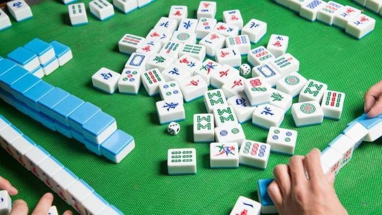 The Beginner's Guide to the Greatest Pastimes: Mahjong