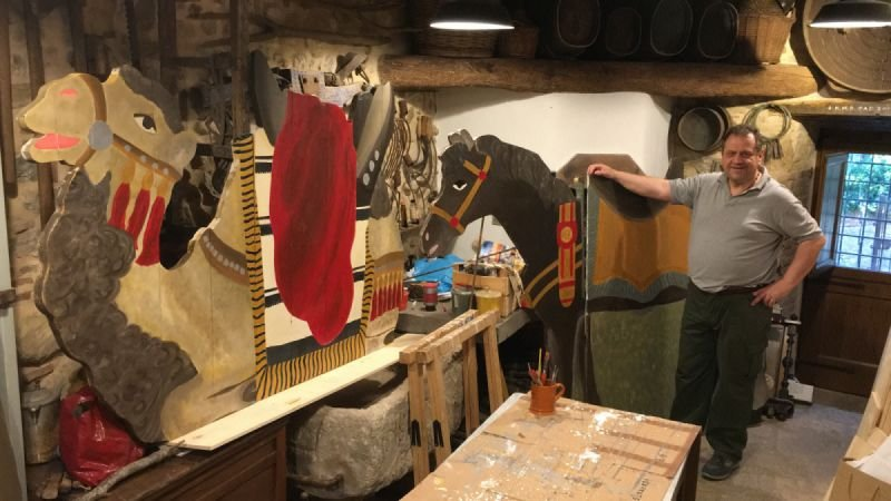 In preparazione - Il cammello per Melchiorre ed il cavallo per Gaspare