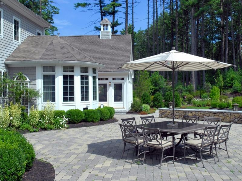 Patio Remodeling - Which Professional Should I Hire?