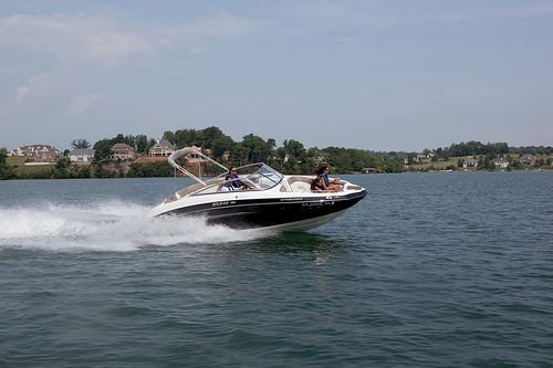 How Much Does Detailing a Boat Cost? - Kelleymobiledetail com