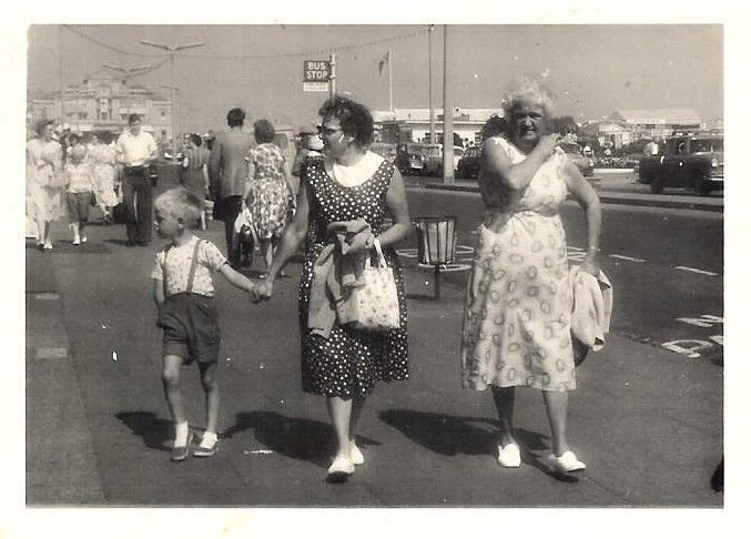 With mum & G'ma at Gt Yarmouth