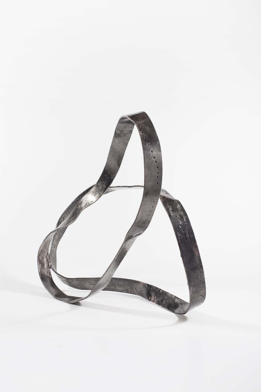 Oblivion I | 2015 | Iron & brass Sculpture | 95x110x50 cm | Rami Ater