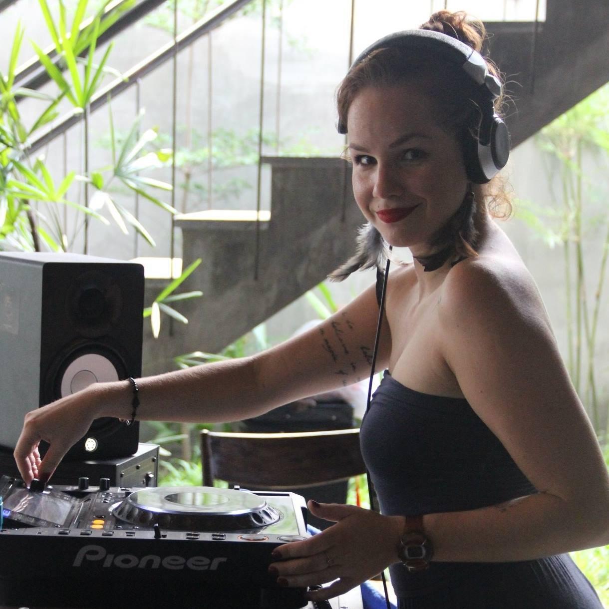 DJ Foxy Tail