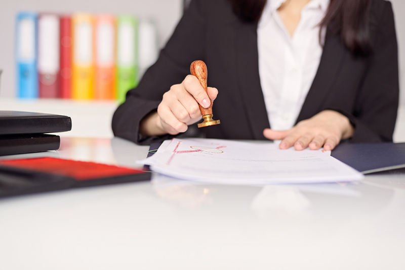 Reasons Why You Need To Seek the Services of a Notary