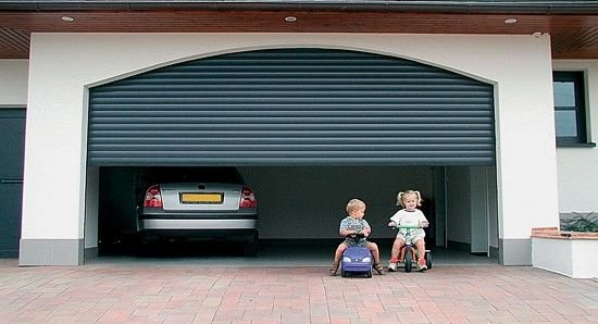 How You Can Choose Overhead Rolling Doors For Commercial Purposes