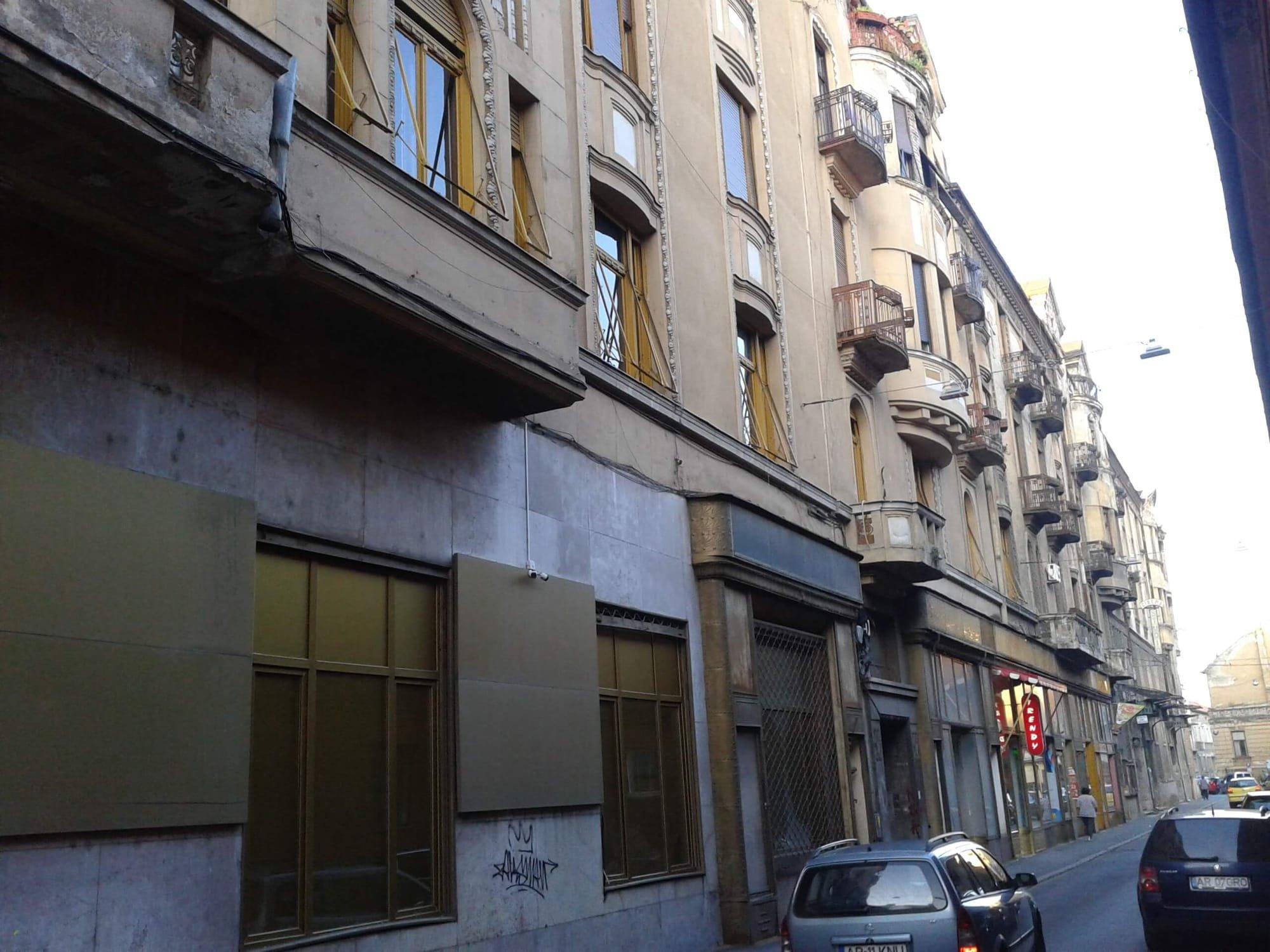 fatada dinspre strada Zrinyi a Palatului Bohus