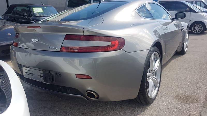 Aston Martin Vantage - 2006