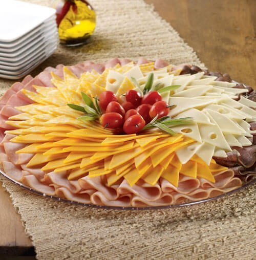 Deli platter with bread