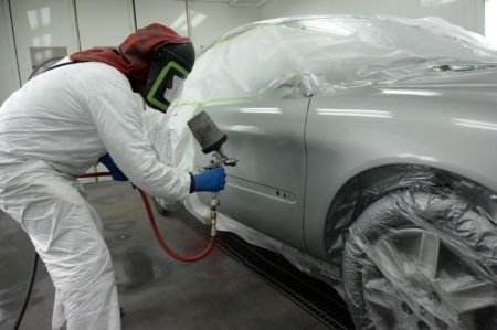 Tips to Consider When  Finding the Right Paint and  Body Shop