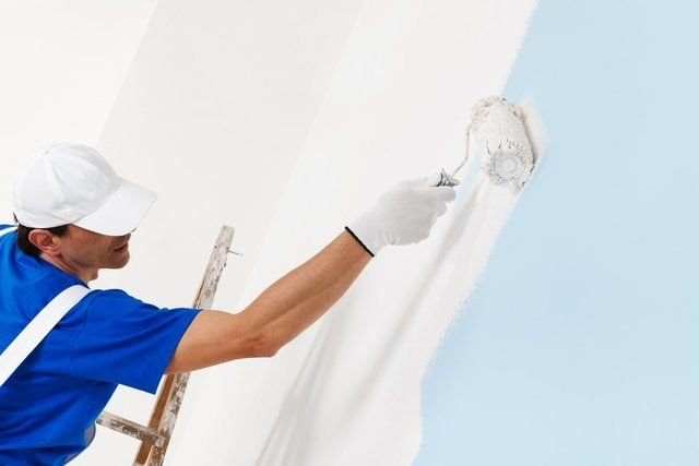What to Take into Account When Seeking the Services of Commercial Painters?