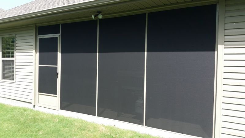 Screen wall enclosure