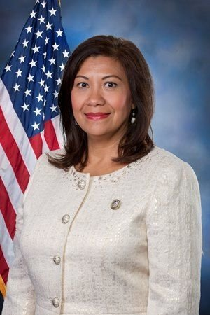Congresswoman takes up fight to classify 9-1-1 operators as first responders