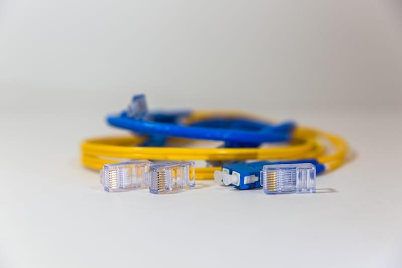 סוגי כבלים אופטיים