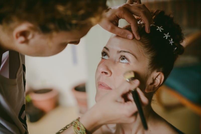 Servicio de maquillaje y peinado