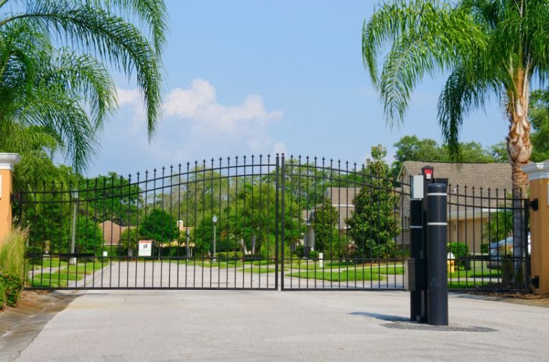 Benefits of Installing a Swing Gate
