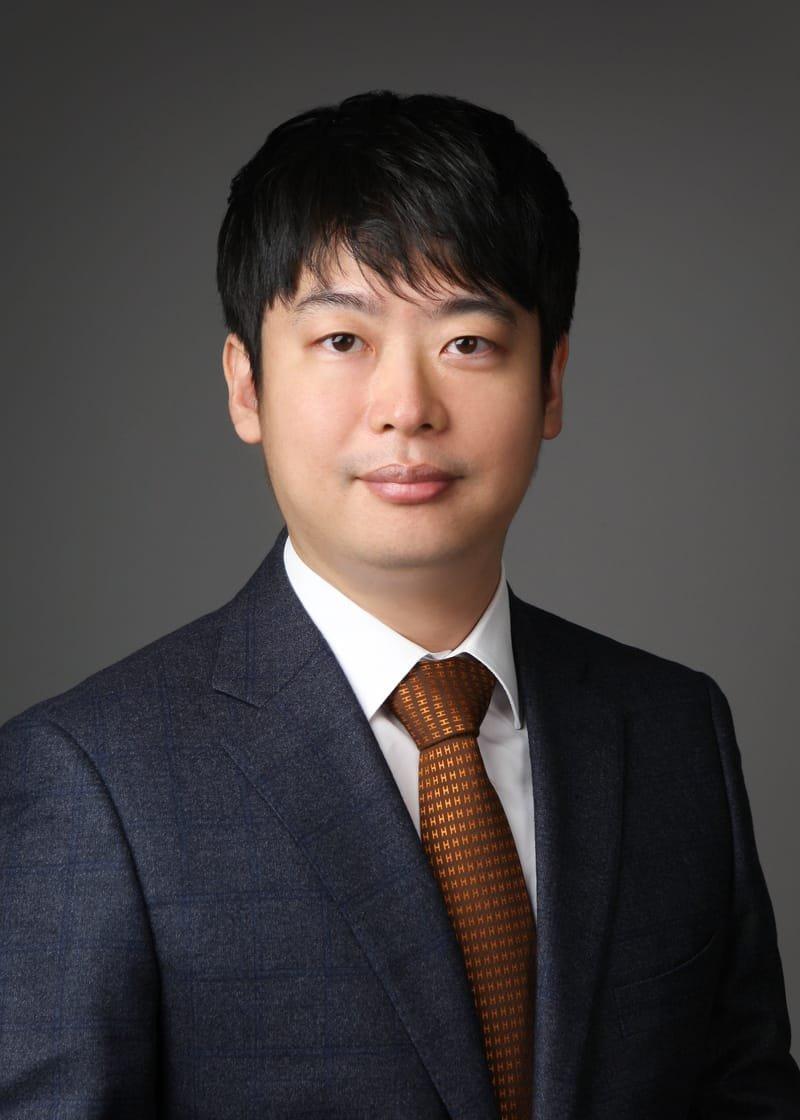 강근영 대표변호사, 변리사