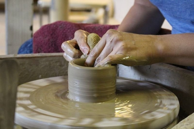 1-2-1 tuition on our potters wheel