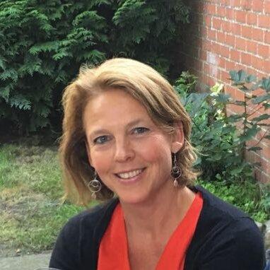 Maryse Stiernon