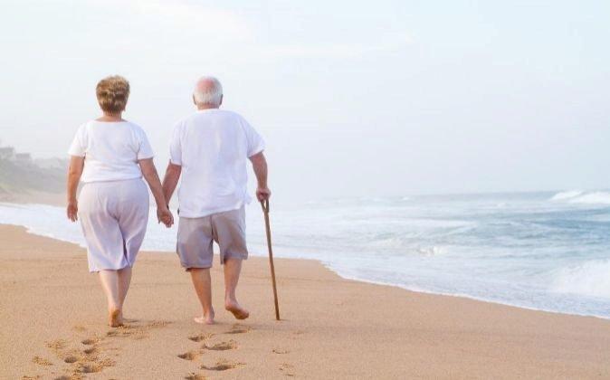 La pensión pública no superará al 50% del salario en las próximas décadas, según Unespa