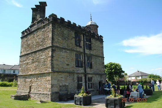 9th July - Elizabethan Dancing at Sheffield Manor Lodge