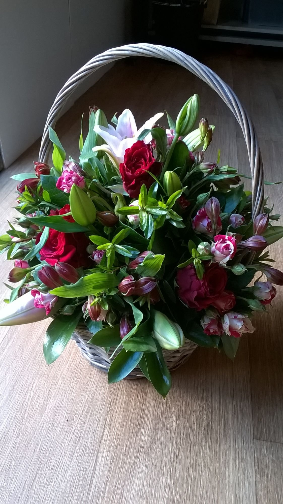 Florist Hassocks Flowers Gift Bouquets Weddings Funerals