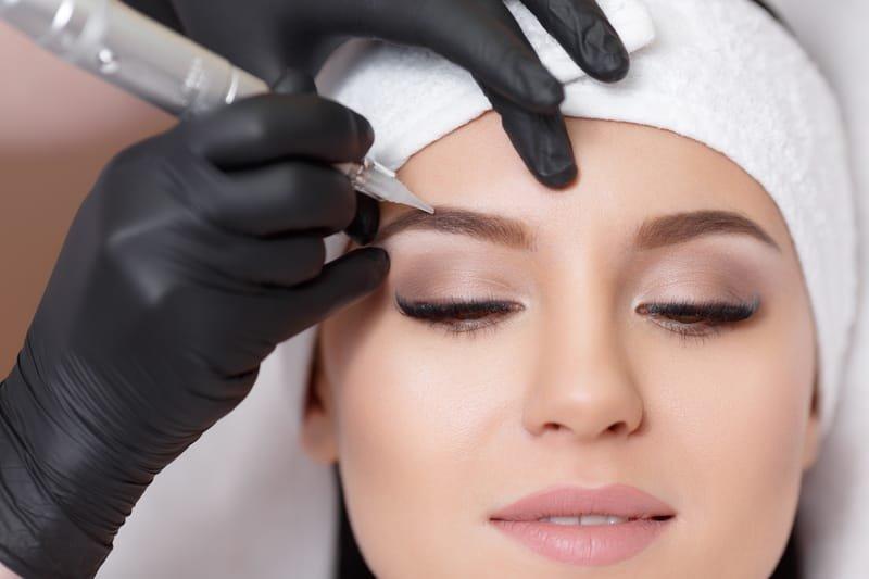 Semi-permanent eyesbrows (block or hair stroke)