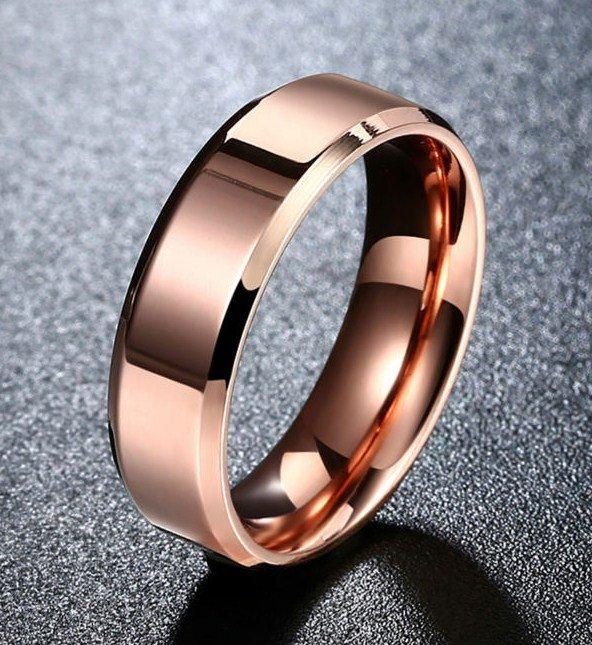 363af992 Anillo liso color rosa. Acero inoxidable chapado oro rosa. PRECIO=6 ...